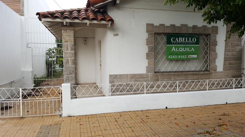 Foto Casa en Alquiler en  Lomas de Zamora Oeste,  Lomas De Zamora  SIXTO FERNANDEZ al 1200