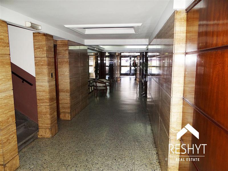 Foto Departamento en Venta en  Caballito ,  Capital Federal  AV. RIVADAVIA al 5300 - CABALLITO -