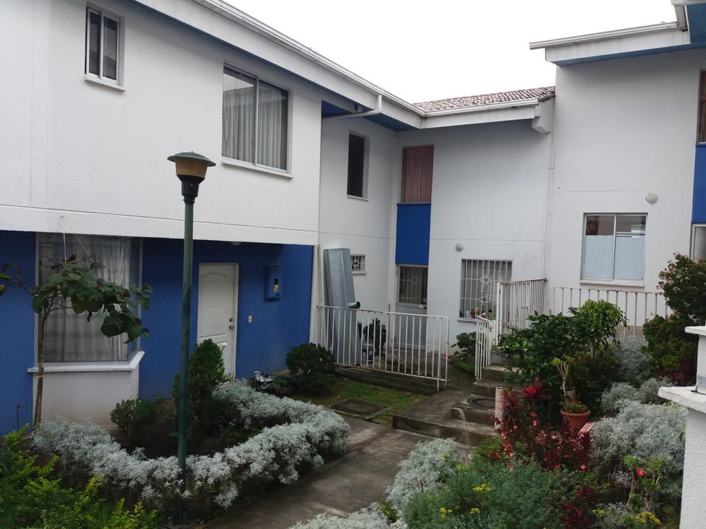 Foto Casa en Venta en  Los Chillos,  Quito  Oportunicad Puente 3, casa de 2 plantas, en conjunto