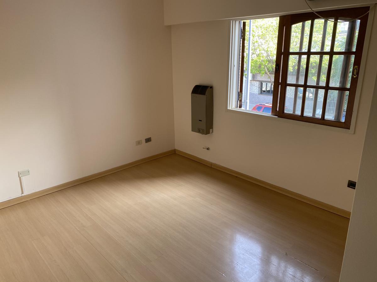 Foto Casa en Venta en  Villa Devoto ,  Capital Federal  Pedro Lozano al 4000 Entre Chivilcoy y Bahía Blanca