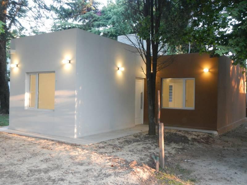 Foto Casa en Venta en  Jose Clemente Paz,  Jose Clemente Paz  VENTURA COLL  al 300