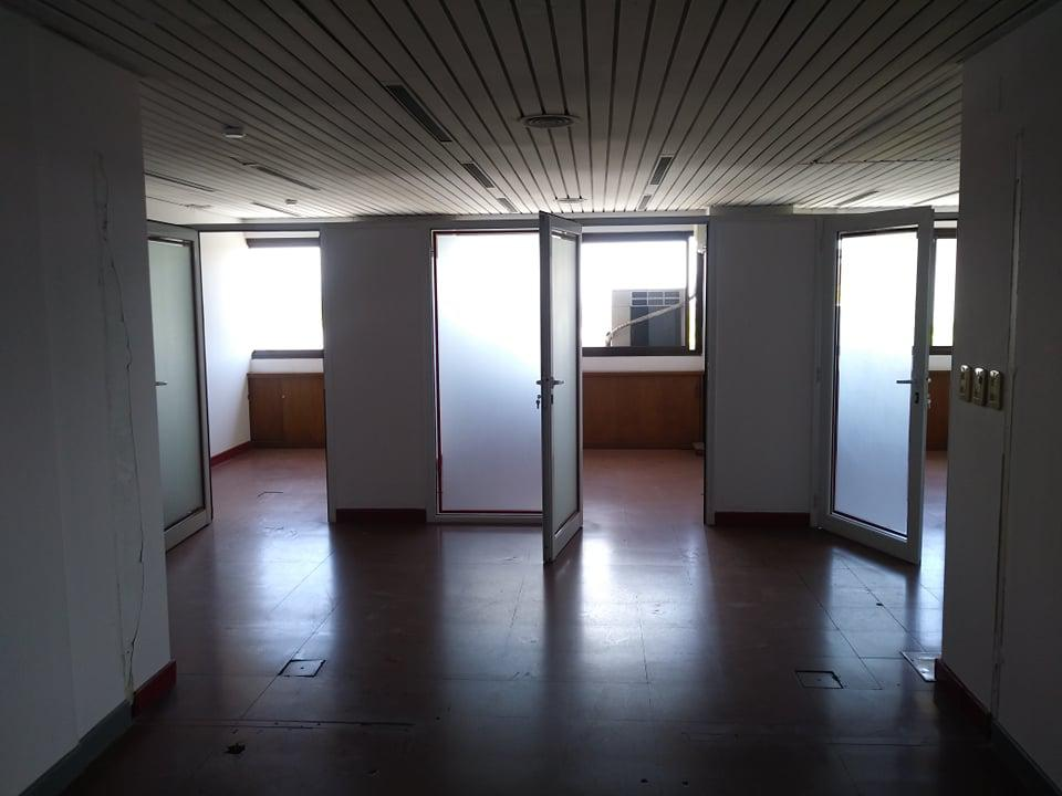 Foto Oficina en Alquiler en  Capital ,  Mendoza  Edificio Buci