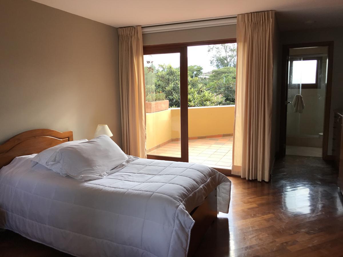 Foto Casa en Venta en  Tumbaco,  Quito  Tumbaco, Urbanización Cerrada