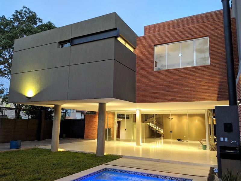 Foto Casa en Alquiler en  Mburucuya,  Santisima Trinidad  Barrio Mburucuyá