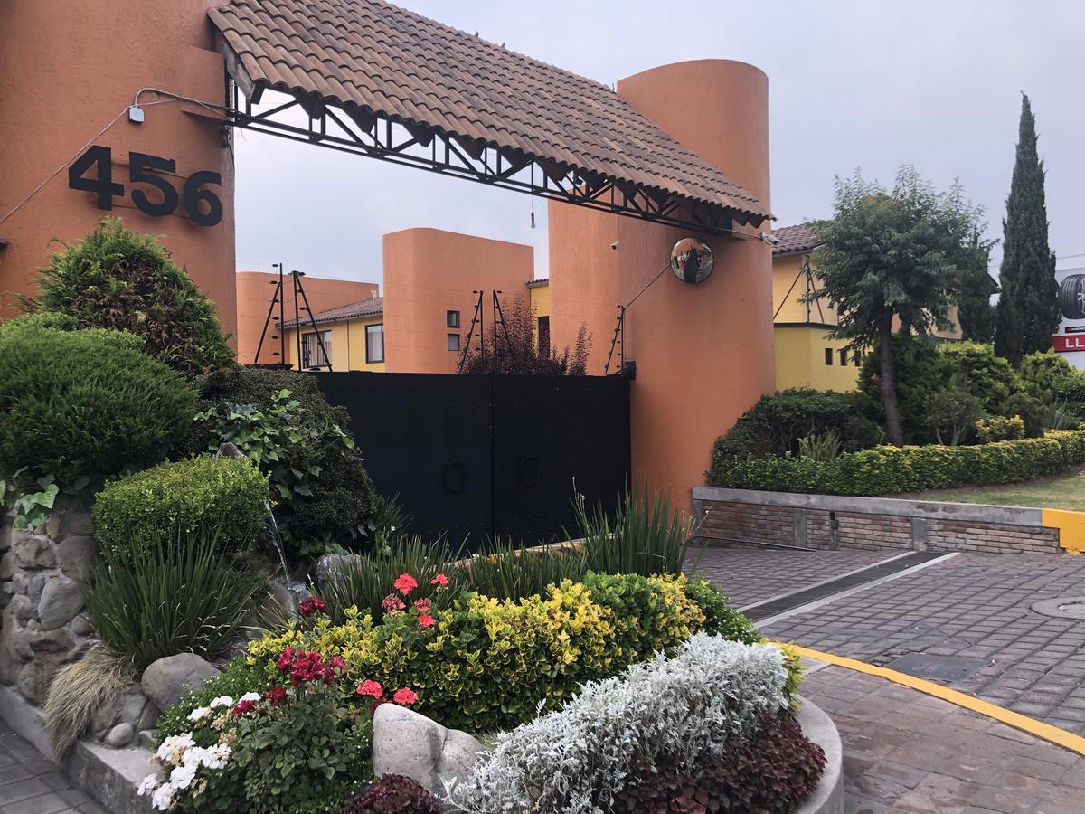 Foto Casa en condominio en Venta en  San Salvador Tizatlalli,  Metepec  Adolfo Lopez Mateos, Galápagos