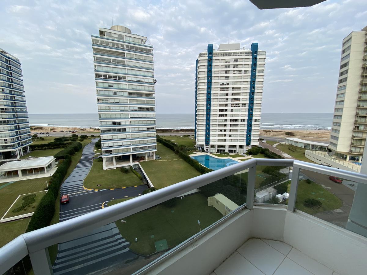 Foto Apartamento en Venta en  Playa Brava,  Punta del Este  Brava Punta del Este