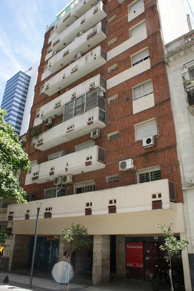 Foto Departamento en Alquiler temporario en  San Telmo ,  Capital Federal  Tacuari al 200