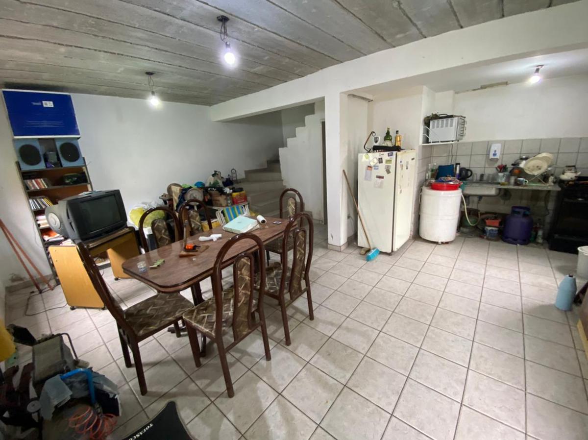 Foto Casa en Venta en  Lisandro Olmos Etcheverry,  La Plata  43 Entre 213 y 213 bis
