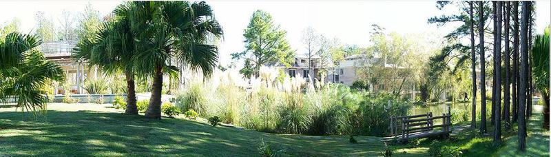 Foto Departamento en Alquiler en  Countries/B.Cerrado (Carrasco) ,  Canelones  Apartamentos en Barrios Privados - 3 dormitorios