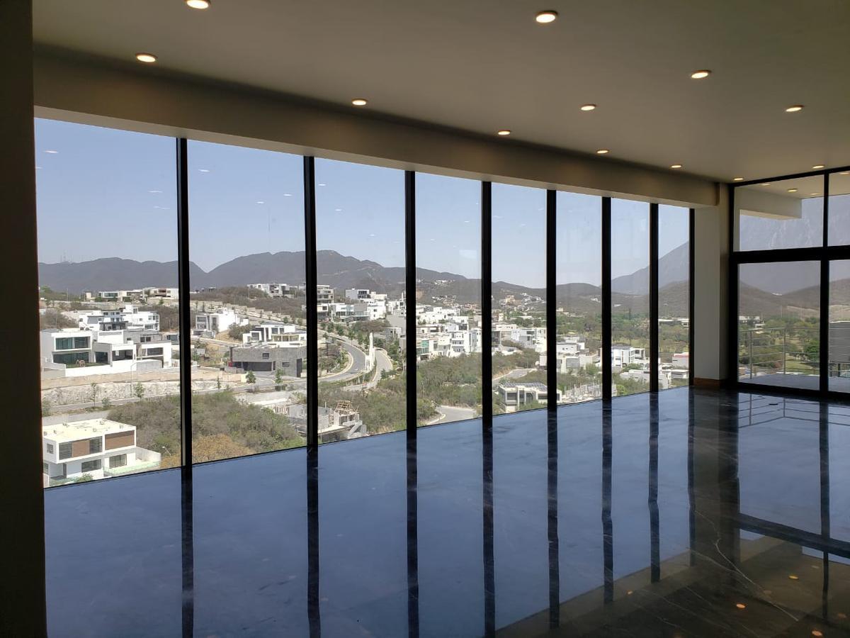 Foto Casa en Venta en  Sierra Alta 9o Sector,  Monterrey  Casa en Venta - Sierra Alta 9no Sector