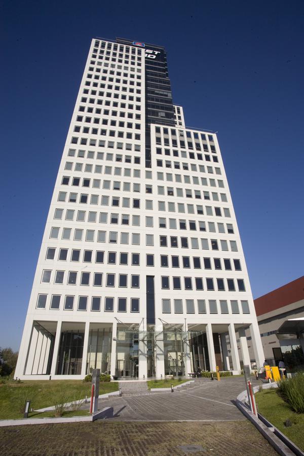 Edificio Intecons, Saavedra