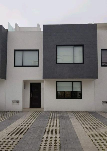 Foto Casa en condominio en Venta en  La Magdalena,  San Mateo Atenco  CASA EN VENTA EN SAN MATEO ATENCO ESTILO MINIMALISTA