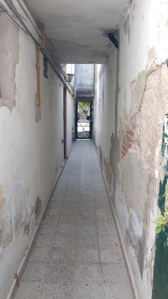 Foto Departamento en Alquiler en  Gerli,  Lanus  PASAJE TERRANOVA