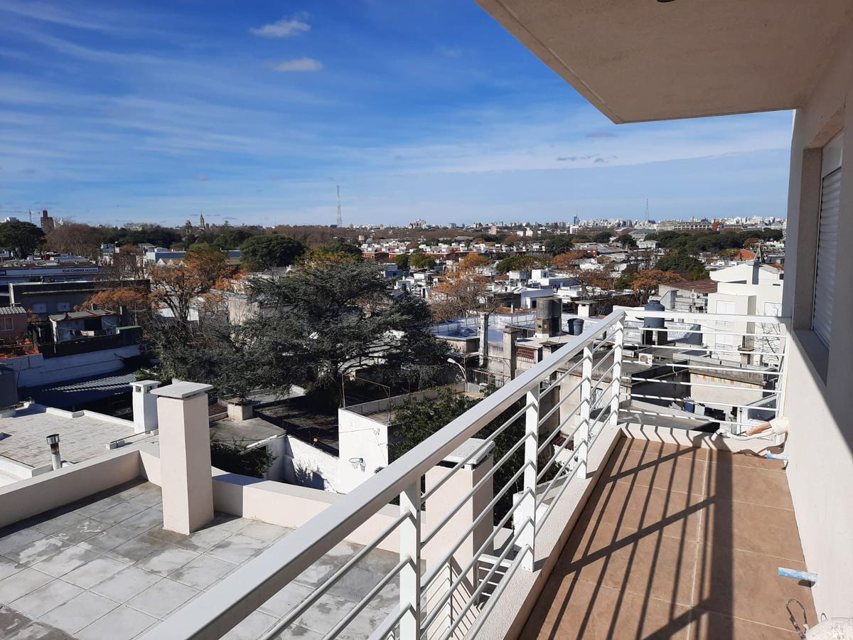Foto Apartamento en Alquiler en  Bella Vista ,  Montevideo  Av. Agraciada esq.Dr.Salvador García Pintos