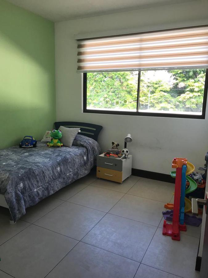 Foto Casa en condominio en Venta en  Escazu ,  San José  Casa en Condominio/ Vista/ Piscina