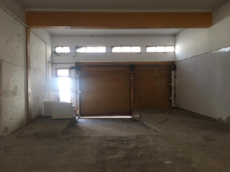 Foto Depósito en Alquiler en  San Miguel De Tucumán,  Capital  Chacabuco al 200