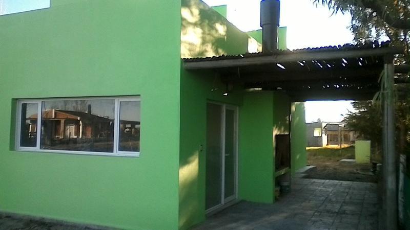 Foto Casa en Venta en  Capital ,  Neuquen  CLUB HIDRONOR