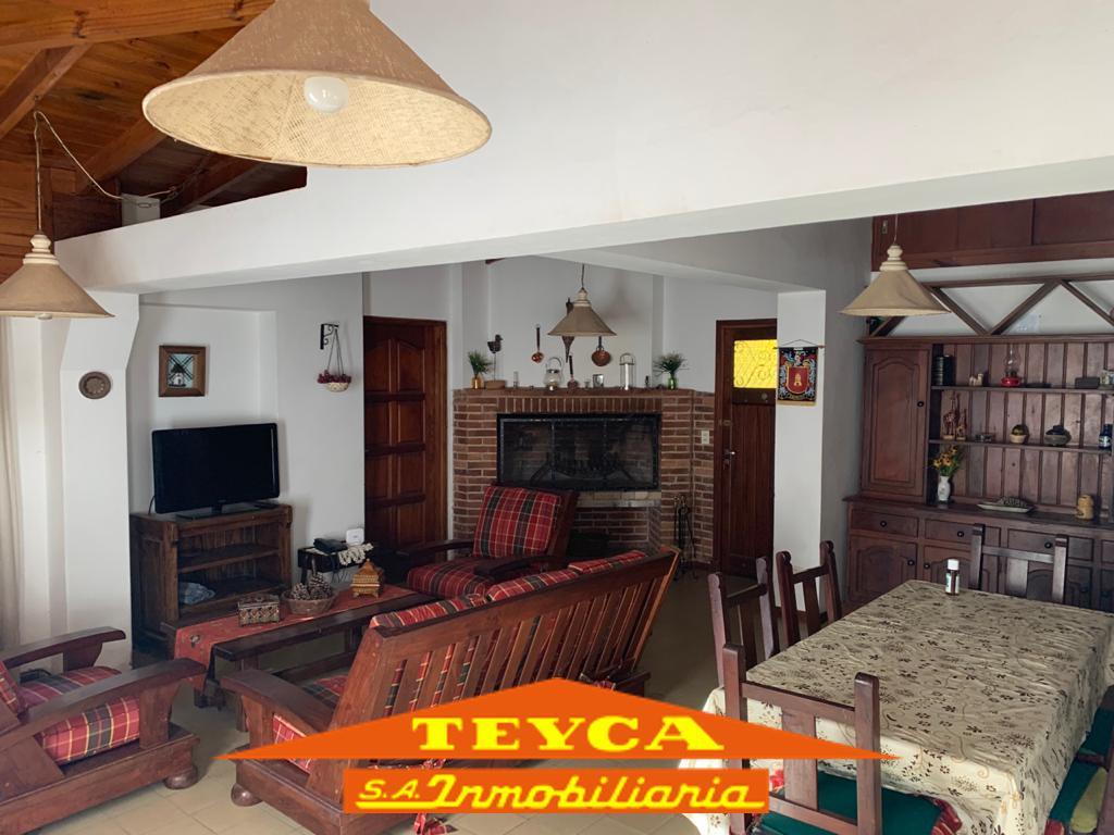 Foto Casa en Alquiler temporario en  Pinamar ,  Costa Atlantica  DE LAS ONDINAS 1565