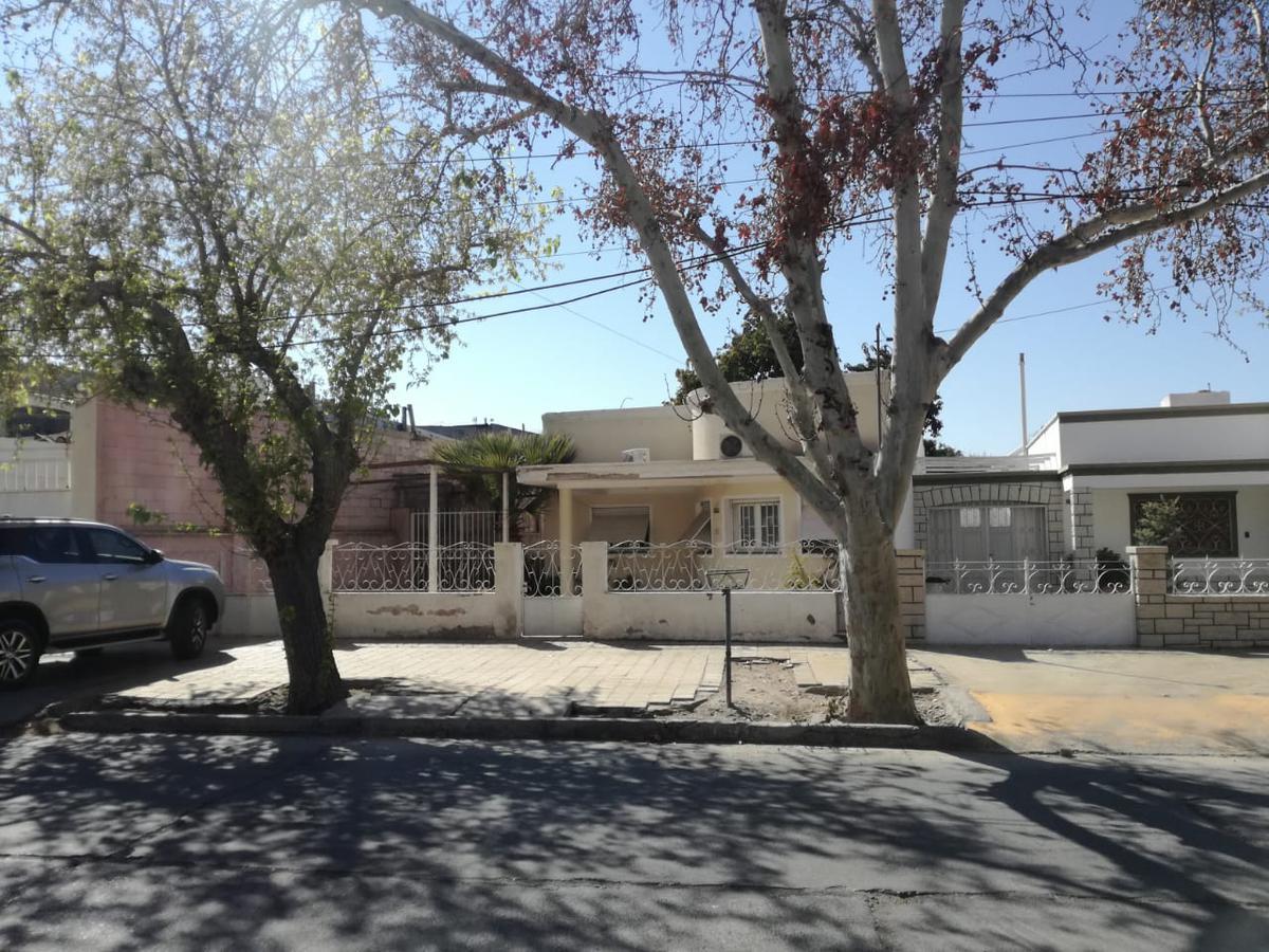 Foto Casa en Venta en  Capital ,  San Juan  Urquiza y Córdoba!!!