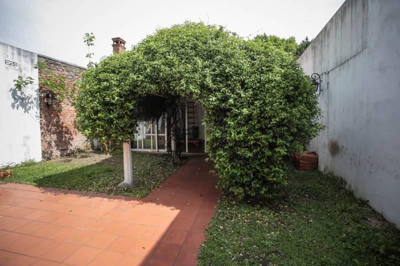 Foto PH en Venta en  Villa Devoto ,  Capital Federal  Vallejos al 4200