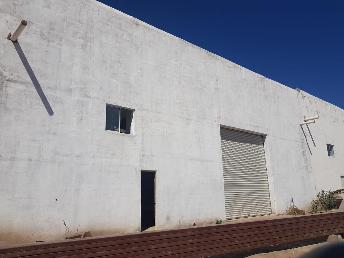Foto Bodega Industrial en Renta en  Zona Industrial,  San Luis Potosí  Bodega en renta entre eje 128 y 132 zona industrial