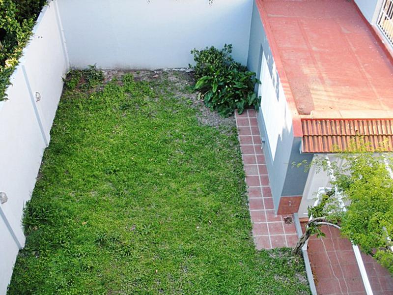 Foto Casa en Alquiler en  V.Lopez-Vias/Maipu,  Vicente Lopez  Adolfo Alsina al 1100