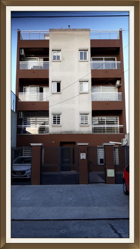 Foto Departamento en Alquiler en  Wilde,  Avellaneda  ZEBALLOS al 6400