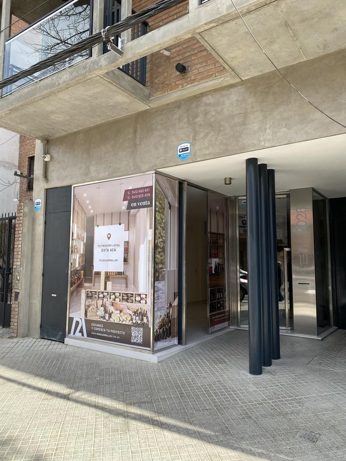 Local Comercial venta estrenar España 2000 , barrio abasto