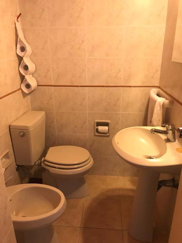 Foto Departamento en Venta | Alquiler en  Punta Gorda ,  Montevideo     Apartamento Punta Gorda, dos dorm y servicio, impecable