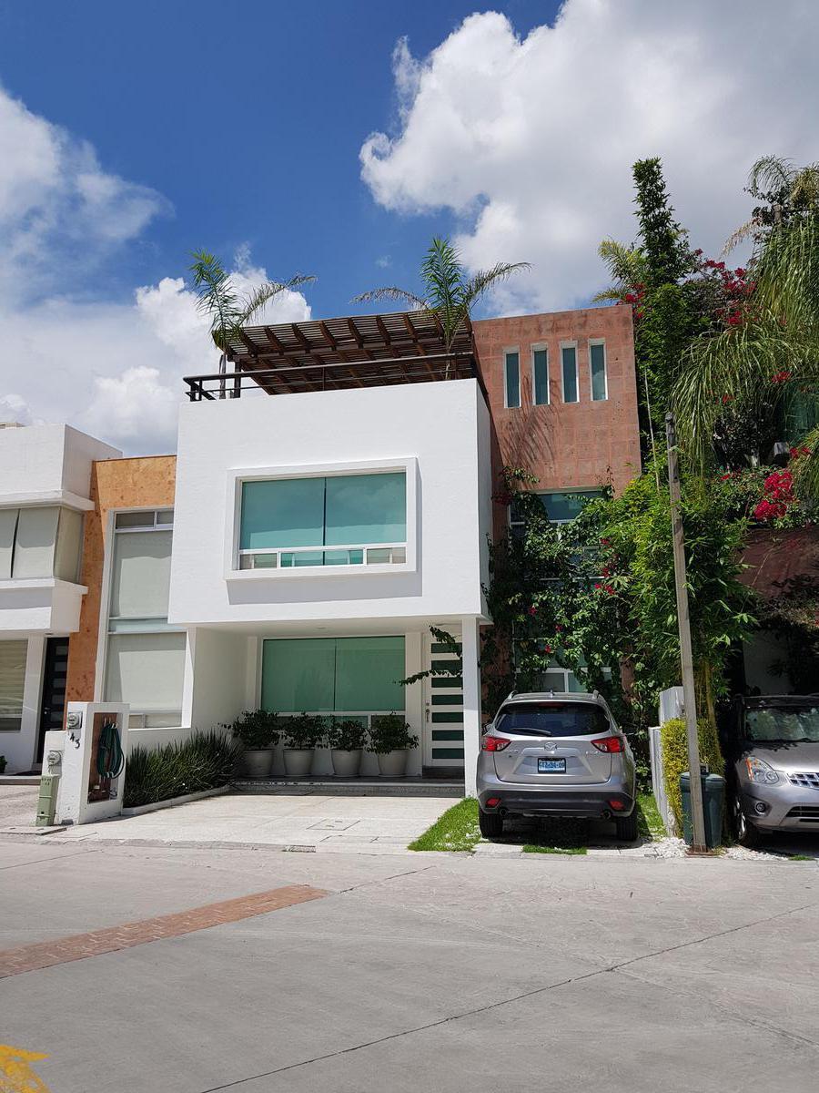 Foto Casa en Renta en  Milenio,  Querétaro  RENTA CASA AMUEBLADA CONDOMINO ALBORADA MILENIO III QUERÉTARO