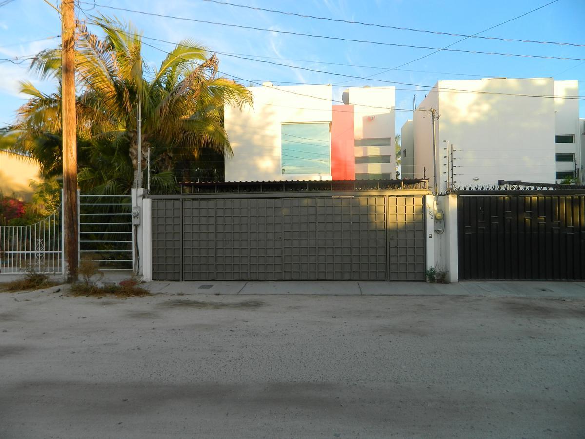 Foto Casa en Renta en  Barrio El Manglito,  La Paz  Topete entre Colima y Michoacan
