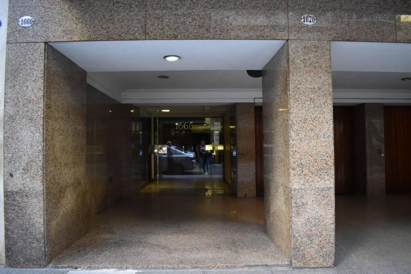 Foto Departamento en Alquiler en  Recoleta ,  Capital Federal  Guido al 1600