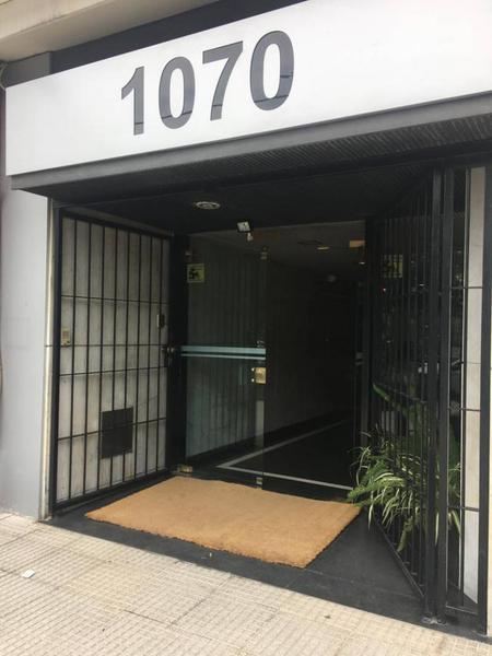 Foto Oficina en Venta en  Recoleta ,  Capital Federal  Cerrito al 1000