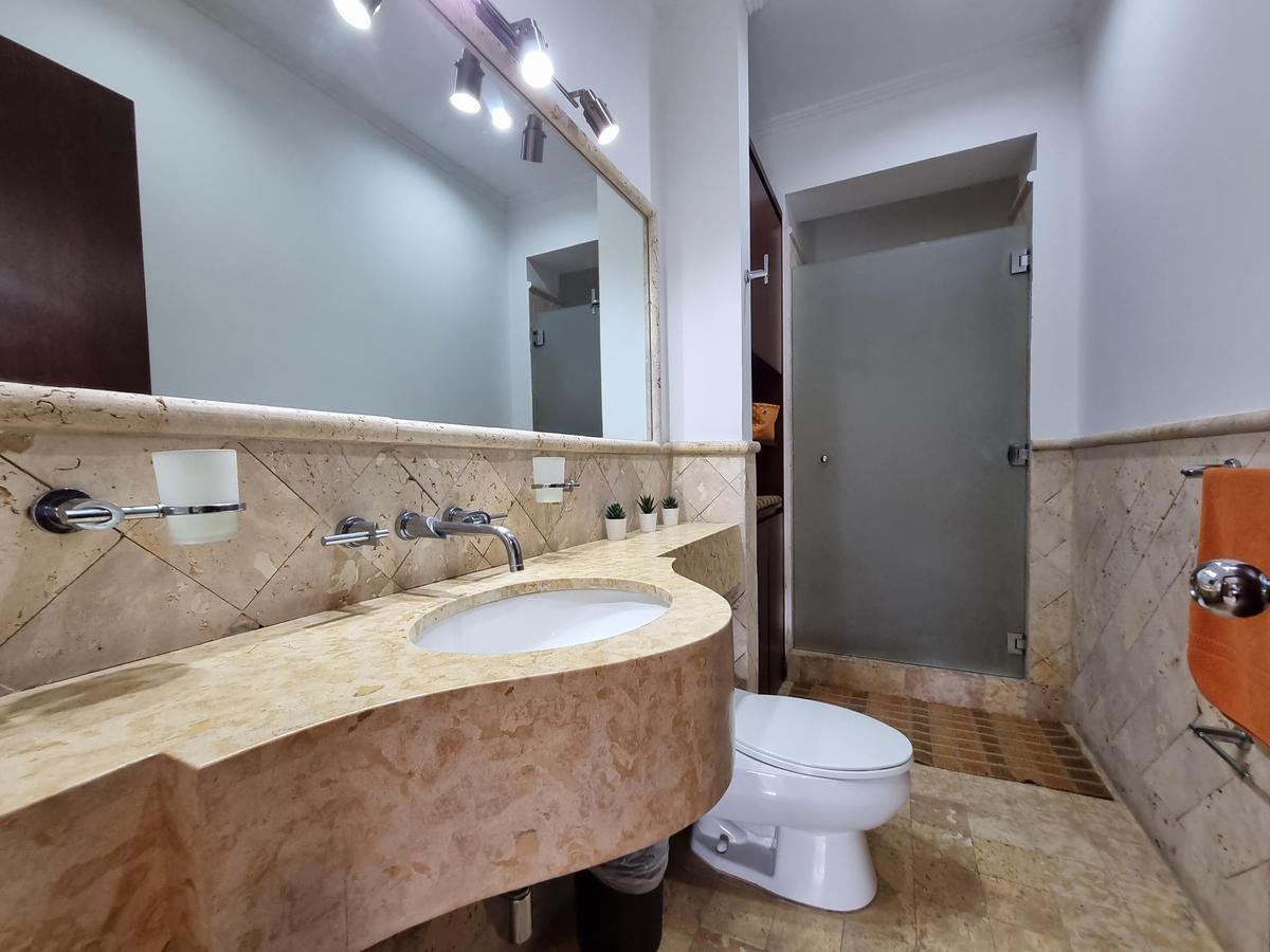 Foto Departamento en Renta en  Escazu,  Escazu  Escazú/ La mejor ubicación/ 3 habitaciones + oficina/ Full muebles