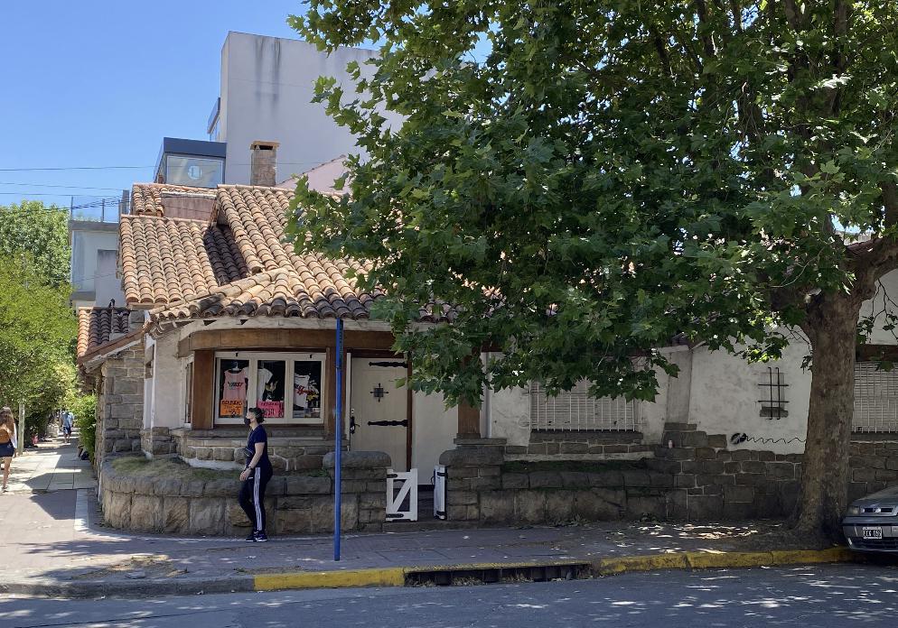 Foto Local en Alquiler en  Centro,  Mar Del Plata  Salta 1494 esquina 25 de Mayo