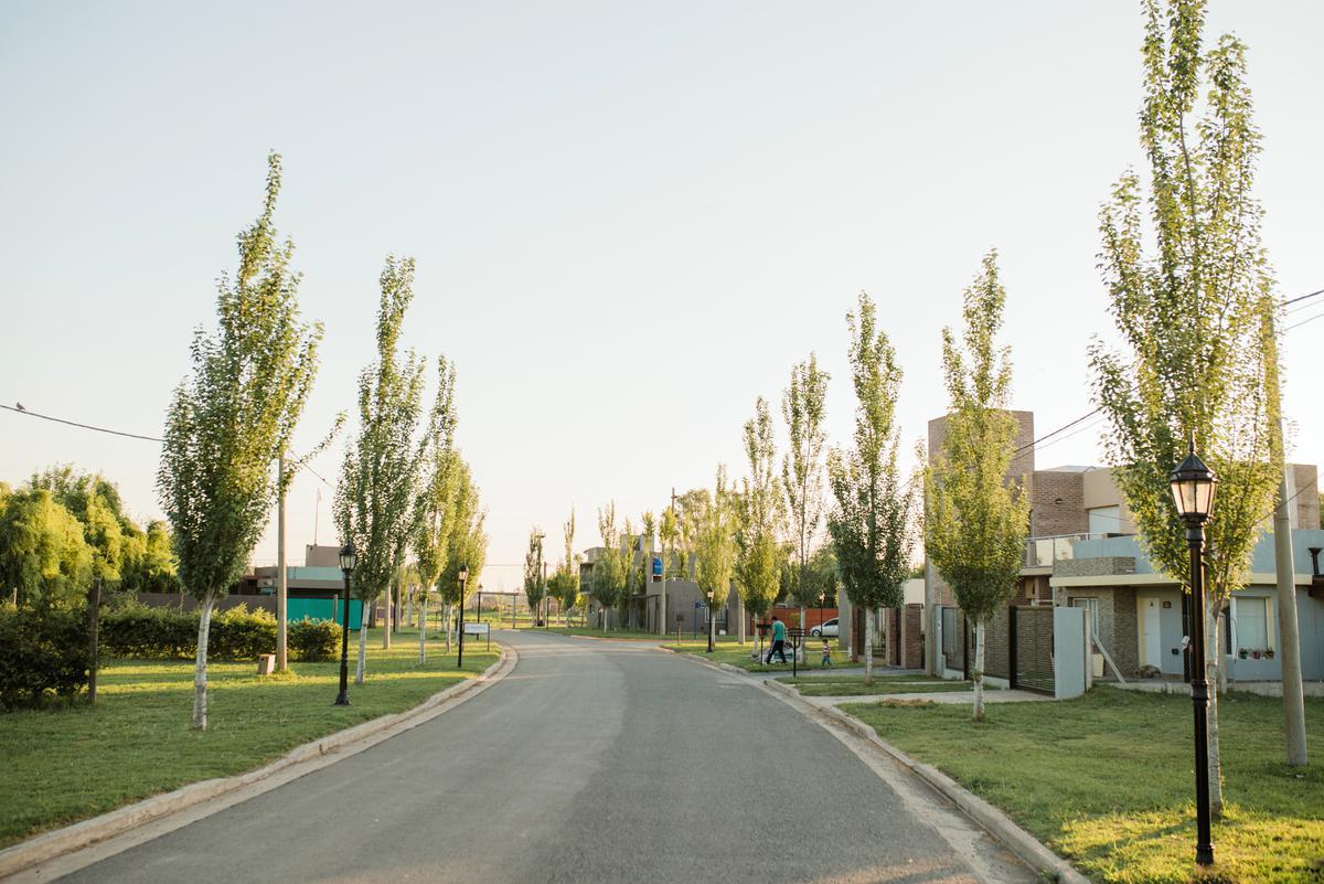 Foto Terreno en Venta en  Soldini,  Rosario  Lote 76 - Barrio Abierto Los Viñedos