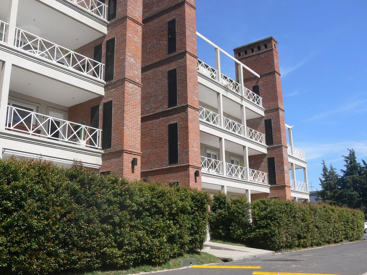 Foto Departamento en Alquiler en  Condominio Tortugas II,  Condominio Tortugas  avenida patricias argentinas al 1800