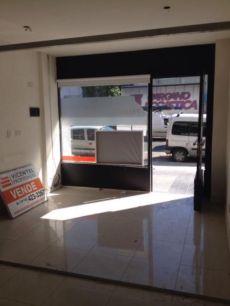 Foto Local en Venta en  La Plata,  La Plata  calle 7 e/ 34 y 35