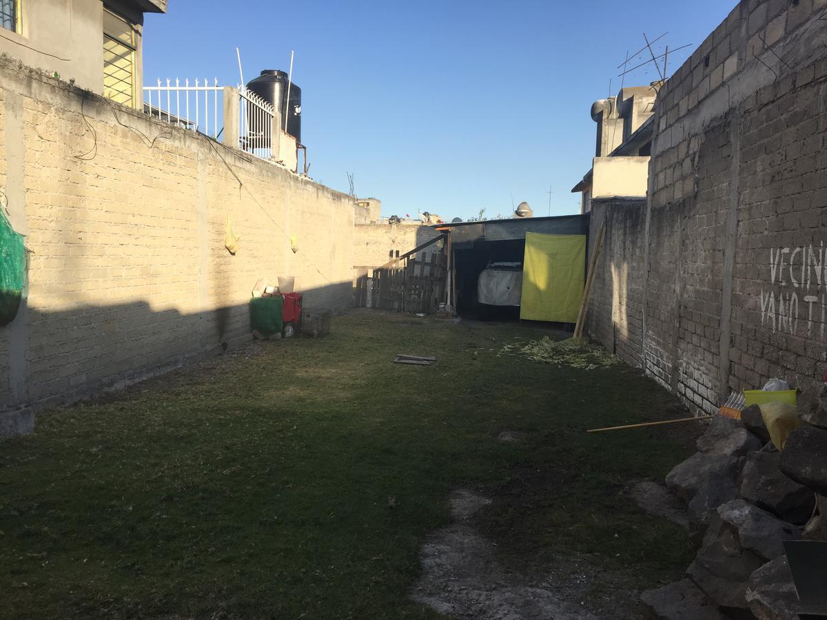 Foto Terreno en Venta en  San Lorenzo TepaltitlAn Centro,  Toluca  Venta de Terreno a 2 cuadras del centro