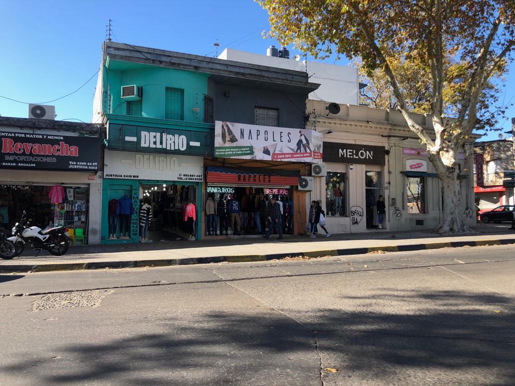 Foto Local en Venta en  Villa Muñoz ,  Montevideo  Justicia al 2400