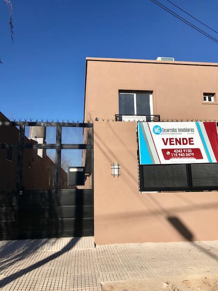 Foto Casa en Venta en  Lomas de Zamora Oeste,  Lomas De Zamora  Posadas al 800 DUPLEX EN VENTA FINANCIADO N°2