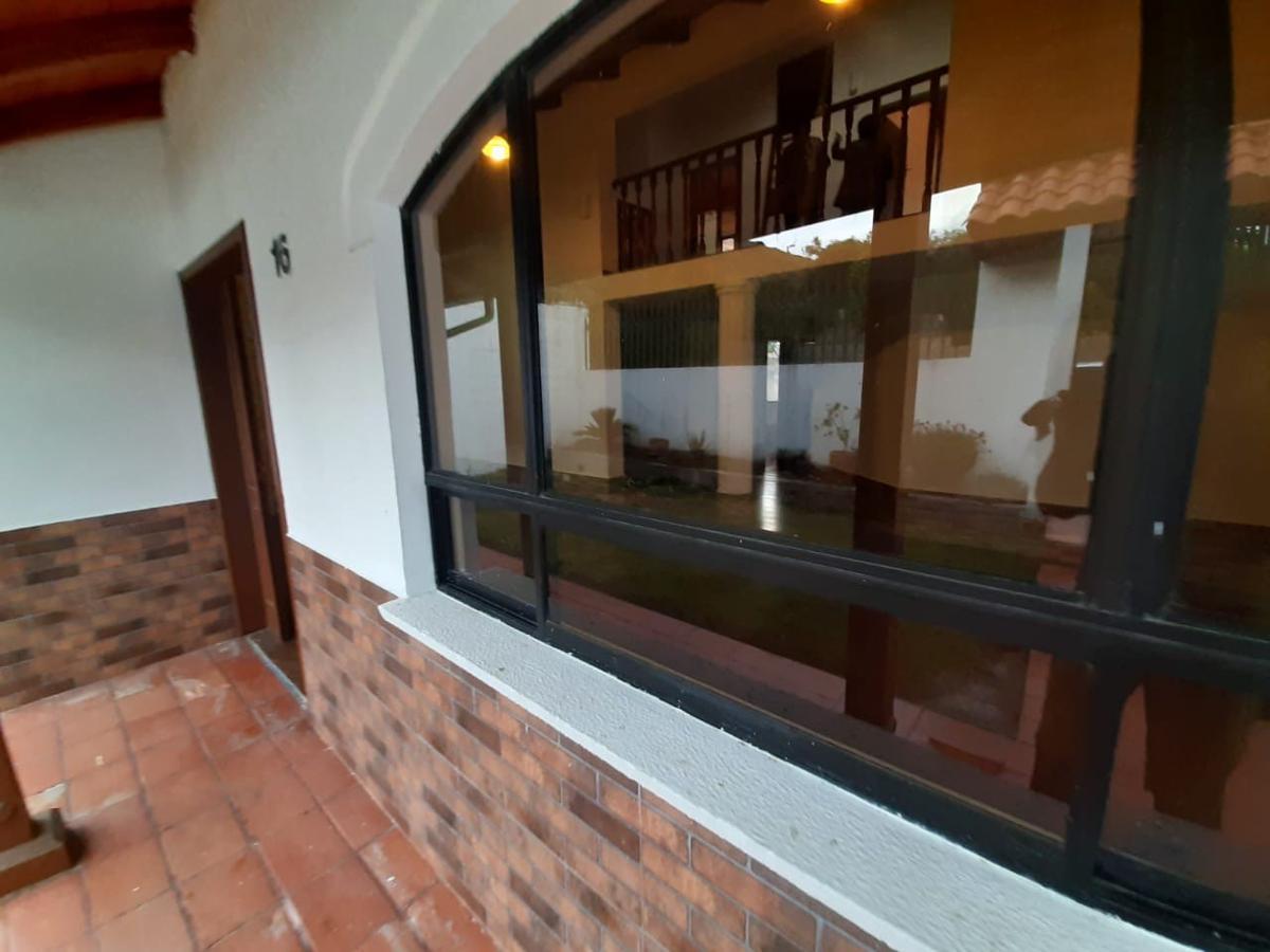 Foto Casa en Alquiler en  Mitad del Mundo,  Quito  PUSUQUI URB DEL ARQUITECTO