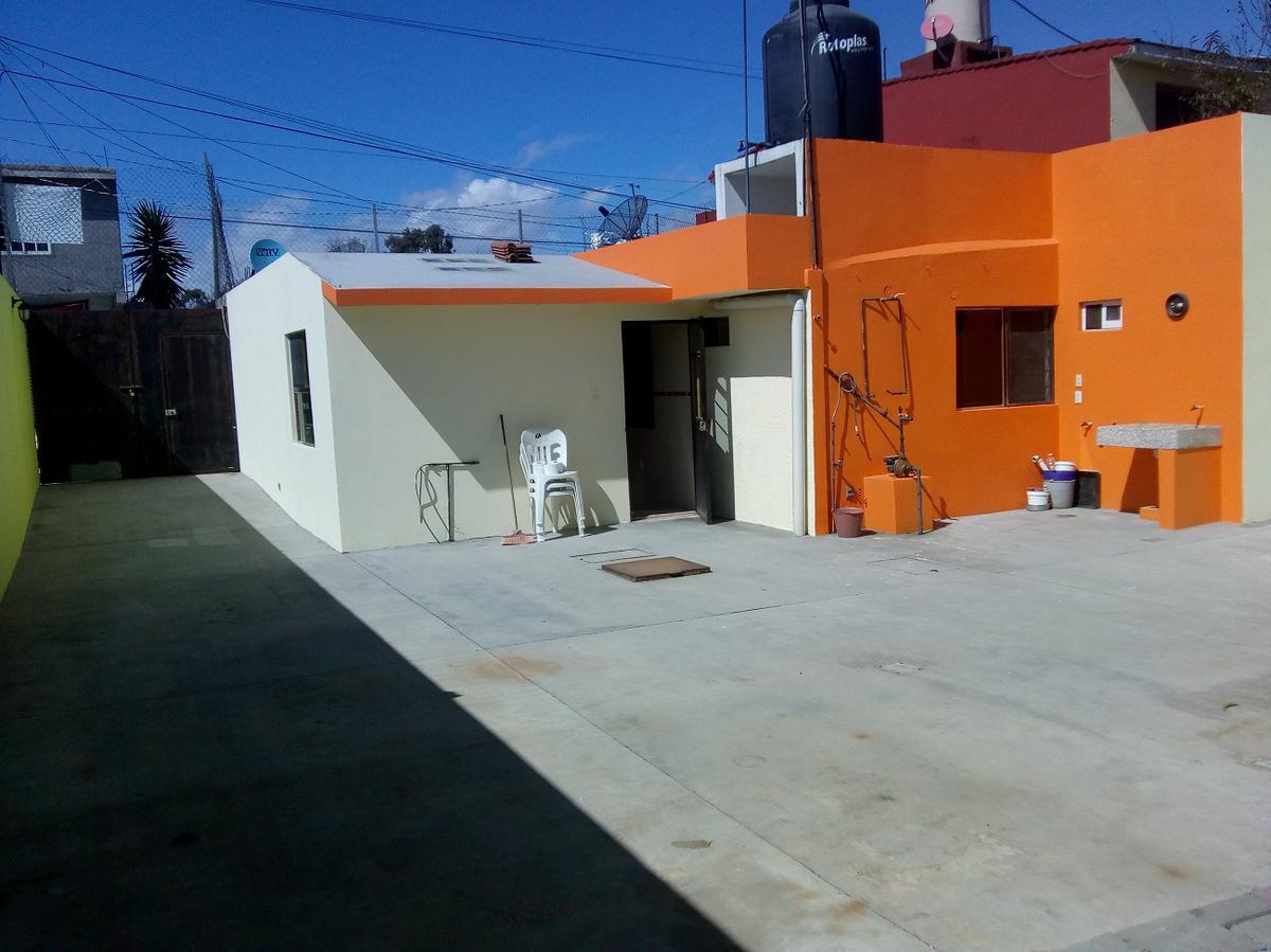 Foto Casa en Venta en  San Pedro,  San Mateo Atenco  CASA EN VENTA, A 50 MTS.  DE CARRETERA MEXICO- TOLUCA, ADOLFO LOPEZ MATEOS