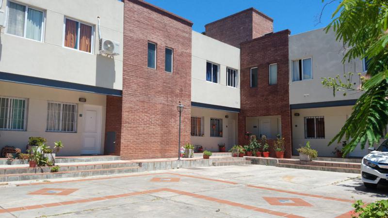 Foto Departamento en Alquiler en  Bella Vista,  San Miguel  Sourdeaux 800