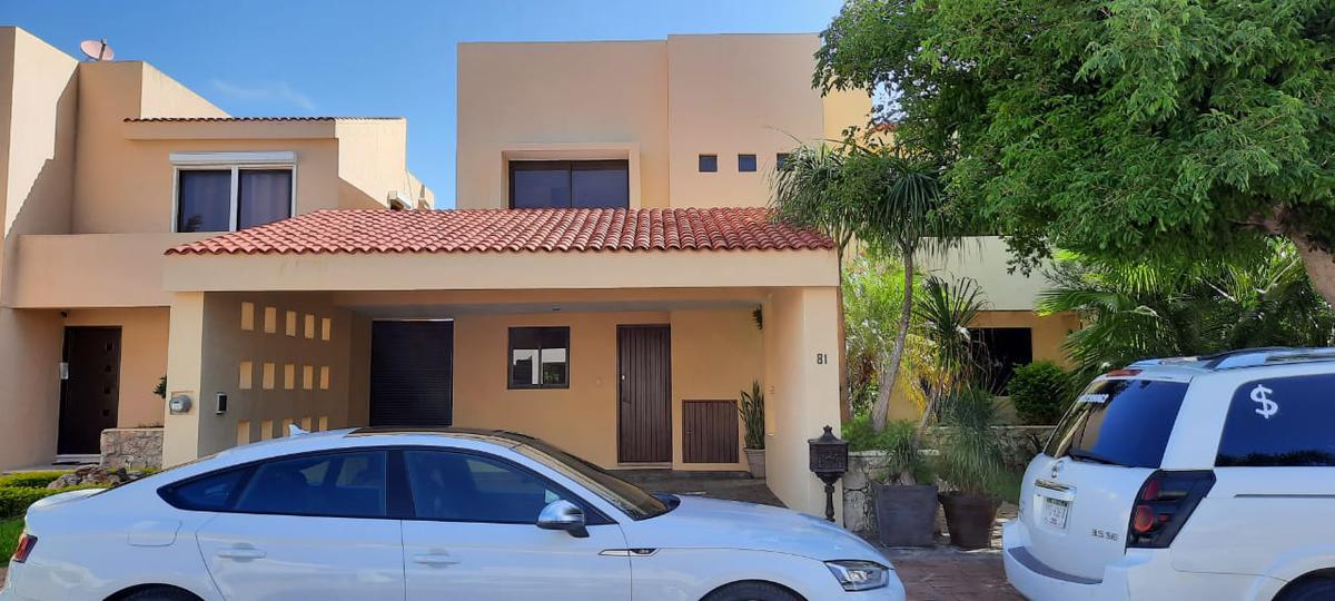 Foto Casa en Renta en  Benito Juárez Nte,  Mérida  Renta casa junto a City Center, en la mejor zona del norte de Mérida.