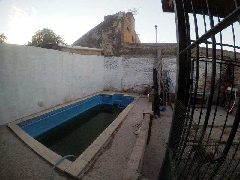 Foto Casa en Venta en  Jose Clemente Paz,  Jose Clemente Paz  18 DE OCTUBRE 1700
