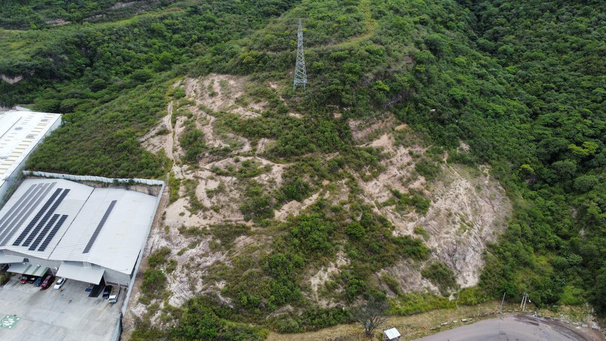 Foto Campo en Venta | Renta en  Anillo Periferico,  Tegucigalpa  Terreno en La Cañada, Cerca de Complejo Periferico, Tegucigalpa