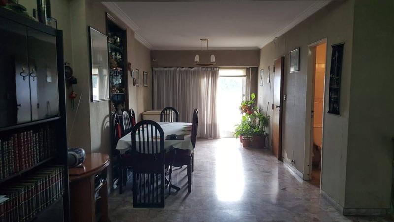 Foto Casa en Venta en  Moron Sur,  Moron  Curupaity al 600