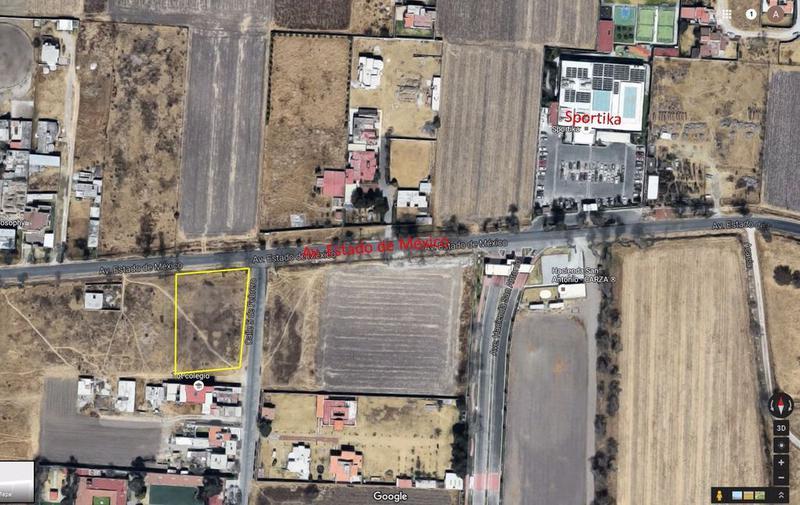 Foto Terreno en Venta en  Metepec ,  Edo. de México  Terreno 1,000m2 en Av. Estado de México