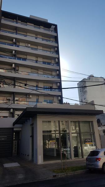 Foto Departamento en Venta en  Moron ,  G.B.A. Zona Oeste  Cnel. Machado 1045  1ºC